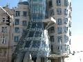 Tancujúci dom. Praha