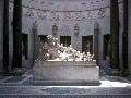 Socha Zeusa, Rím