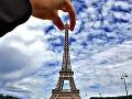 Eiffelova veža v Paríži
