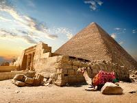 Pohľad na pyramídu v