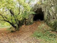 Vzácna jaskyňa pri Javorine: Ľudia v Čertovej peci bývali už v praveku