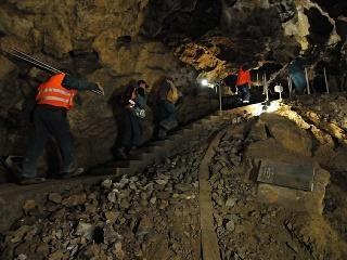 V priepasti Belianskej jaskyne