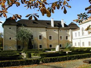 Slovensko - renesančný kaštieľ zo 16. storočia sa nachádza v