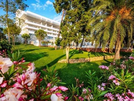Luxury Hotel Bellevue na