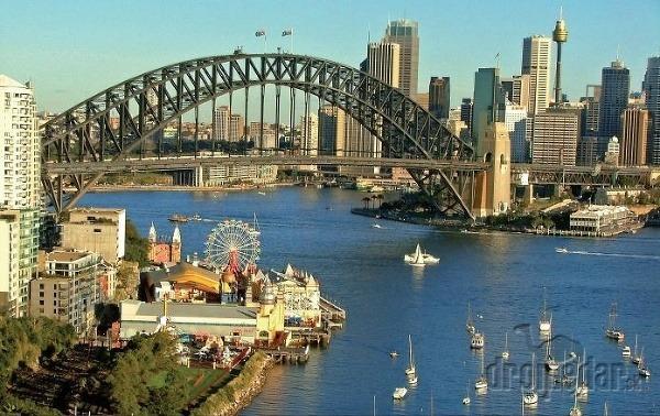 Východ austrálie: od kozmicky gotickej opery po najdlhší koral na