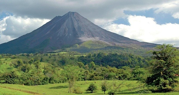 Kostarika je krajinou sopiek