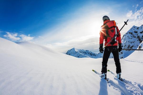 Kto z vášnivých lyžiarov
