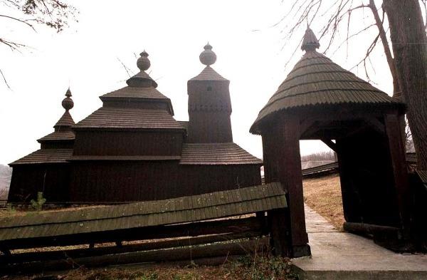 Drevený kostol v Bodružali