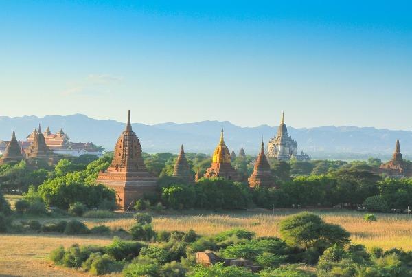 Maximálna romantika: Tisíce mjanmarských