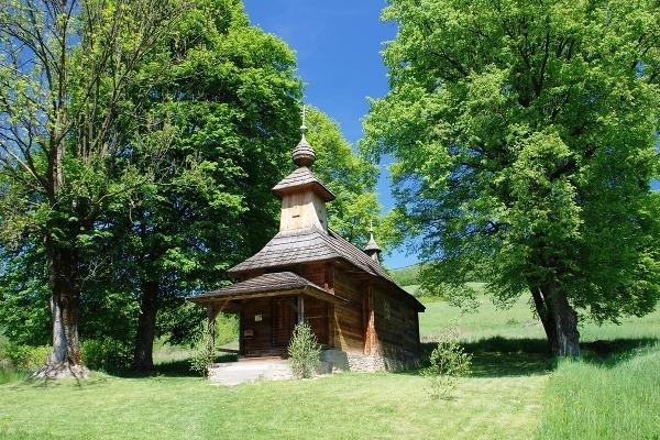Drevený chrám v Jalovej