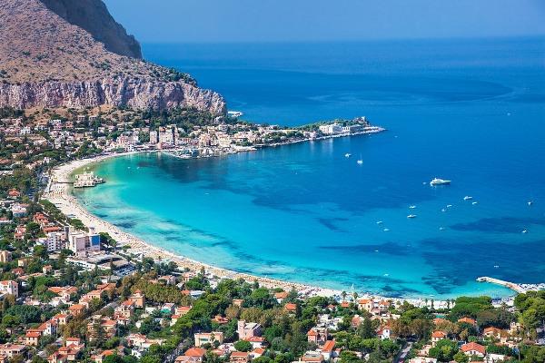 Karibik v Európe: Týchto