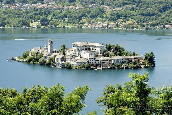 Jazero Orta, Taliansko