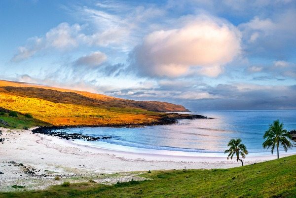 Pláž Anakena, Čile