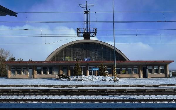 Železničná stanica, Svit