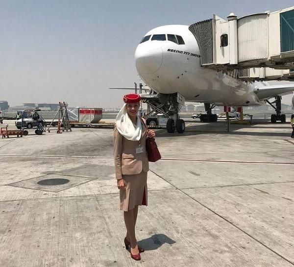 Sympatická pilotka Ivana: Lietadlo