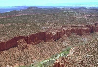 Rozmanitý terén v Utahu