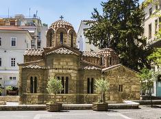 Kostolík v uliciach Atén
