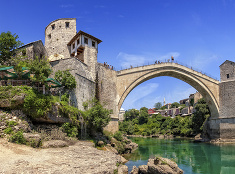 Mosty spájajú