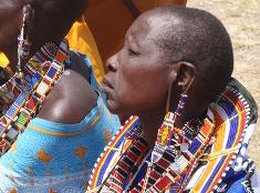 Masajské ženy v tradičnom odeve