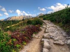 Krásnymi cestami