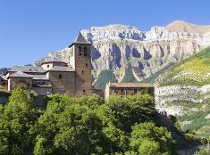 Hory Španielska ukrývajú podobné malebné dedinky
