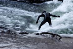 Surfovať s dá aj na rieke uprostred Európy