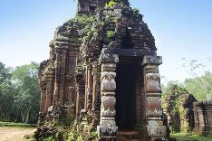 Prastarý chrám