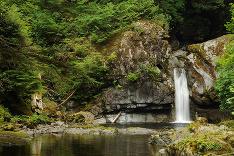 Tajomný vodopád