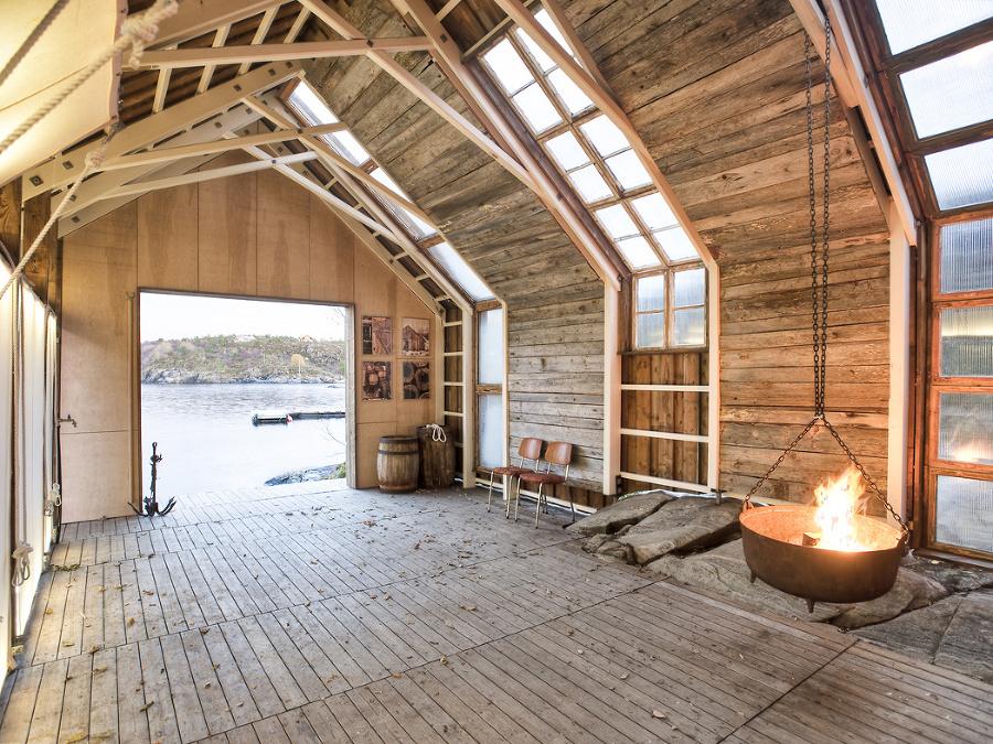 Čarovný domček pri vode vyšiel majiteľa na 3 000 €