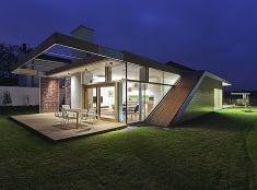 Moderný dom v Debrecíne posúva tradície do nových rozmerov