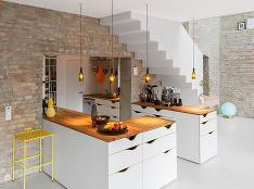 Nádherný rodinný dom zrekonštruovali v súlade s prísnymi miestnymi predpismi