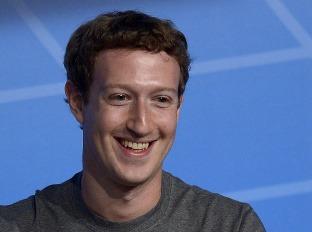 Mark Zuckerberg prehovoril študentom do duše: Budúcnosť bude patriť IT talentom