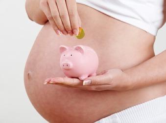 Rodičia si od mája prilepšia: Materská dávka sa zvýši na takúto sumu