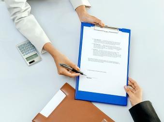 Nezamestnaní, pozor: Od mája sa menia podmienky práce na dohodu, na toto sa pripravte