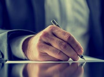 Máte podpísať dohodu o spoločnej hmotnej zodpovednosti? Na toto si dajte pozor + VZOR