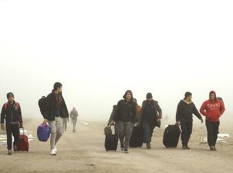 Slováci sa báť nemusia, migranti im prácu nezoberú: Problémom môže byť niečo iné, upozorňuje odborník