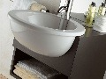 Skrinka pod umývadlom nemusí