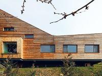 Pre drevenú fasádu sa