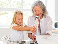 Ani kvapka nazmar alebo ako ušetriť na vode v kúpeľni a kuchyni