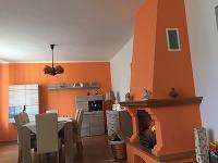 VÁŠ TIP: Rekonštrukcia chodby a obývacej izby v dome