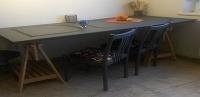 VÁŠ TIP: Jedálenský stôl zo starých dverí