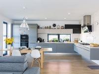 Elegantná a praktická kuchynská linka za prijateľnú cenu ako prvý krok pri zariaďovaní domu