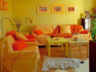 Obývačka je ladená do