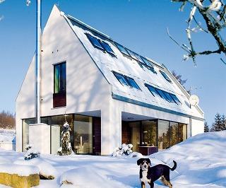 Jednoduchý rodinný dom so