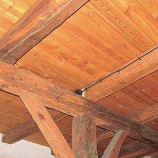 Oprava poškodeného stropu