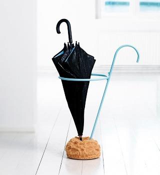 Nápaditý stojan na dáždniky