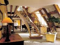 Ľahké točité schodnicové schody,