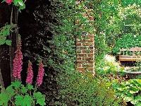 Uzatvorená záhrada v historickom