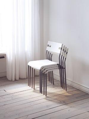 Stohovateľné stoličky – nezaberú