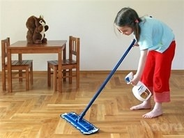 Jarné čistenie podláh s